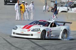 Kyle Kelley celebrates victory in GT1