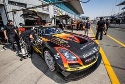 #14 Abu Dhabi Racing Black Falcon Mercedes SLS AMG GT3: Khaled Al Qubaisi, Jeroen Bleekemolen, Bernd Schneider, Andreas Simonsen