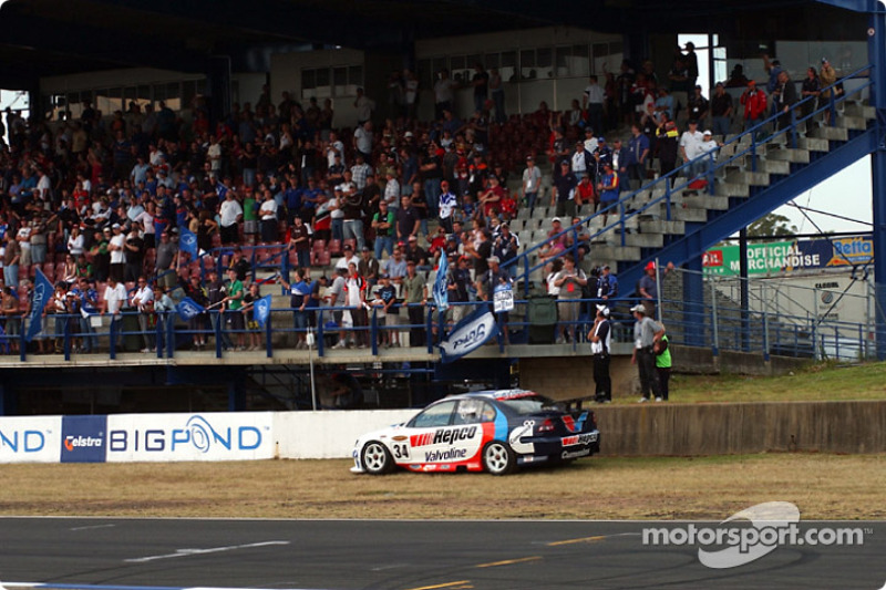 Garth Tander stalled on the grid and failed to start the race
