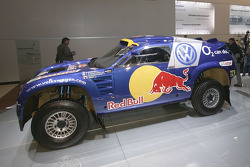 Volkswagen team presentation: Volkswagen Race-Touareg for the 2005 Dakar Rally