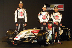 Jenson Button, Anthony Davidson and Takuma Sato with the new BAR Honda 007