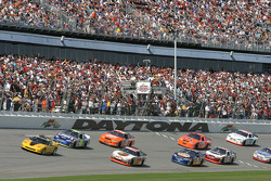 Dale Jarrett and Jimmie Johnson lead the field during pace laps