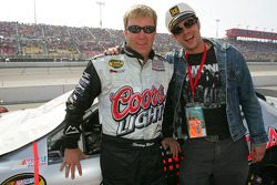 Johnny Knoxville from the television show Jackass meets Sterling Marlin