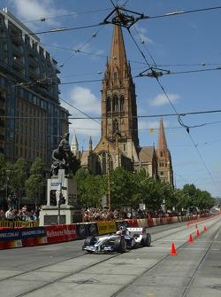 Street parade in Melbourne: Antonio Pizzonia