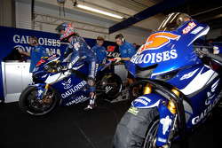 Gauloises Yamaha Team garage area