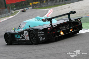 #10 Vitaphone Racing Team Maserati MC 12 GT1: Thomas Biagi, Fabio Babini