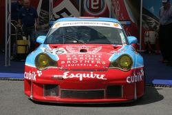 #55 Embassy Racing Porsche 996 GT3 RSR: Neil Cunningham, Ben Collins