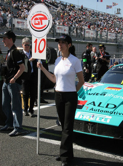 Grid girl for the #10 car