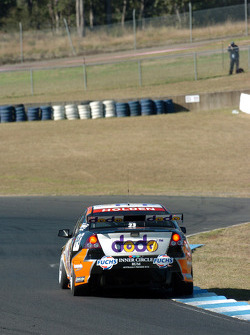Jamie Whincup at the dog leg