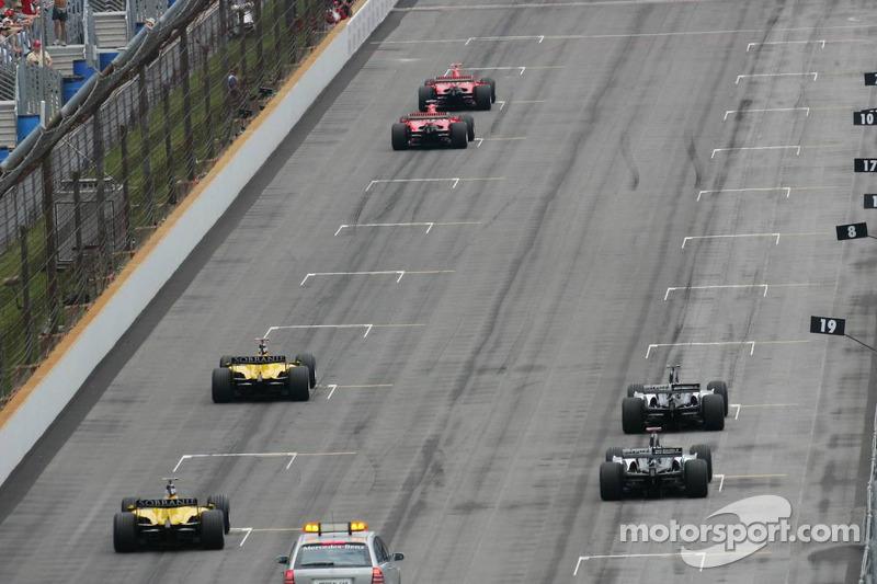 Indianapolis 2005: Ein Rennen mit 6 Autos
