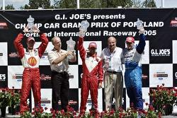 Cristiano da Matta, Sébastien Bourdais, Paul Tracy, Kevin Kalkhoven and Dan Pettit on the victory podium