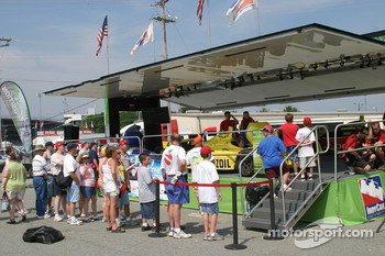 Fans at Indy Racing sim