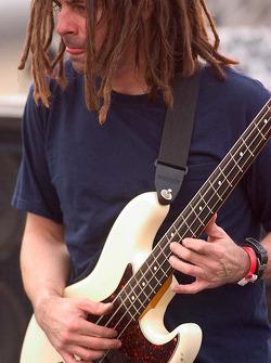 Smash Mouth bassist Paul deLisle performs