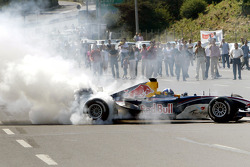 David Coulthard does a burnout