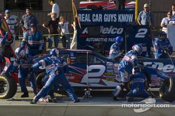 First pitstop for Clint Bowyer