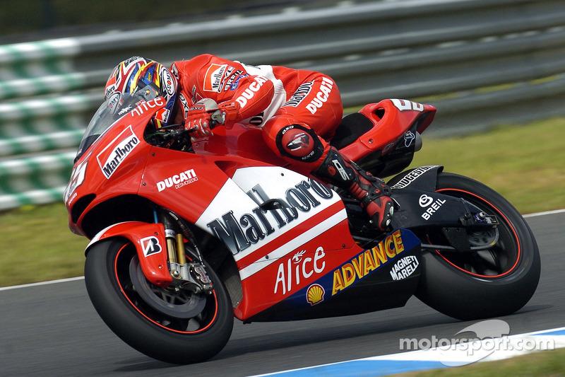 2005: Loris Capirossi (Ducati Desmosedici GP5)