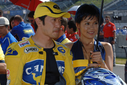 Tohru Ukawa on the starting grid