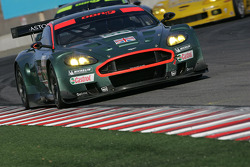 #58 Aston Martin Racing Aston Martin DB9: Peter Kox, Pedro Lamy