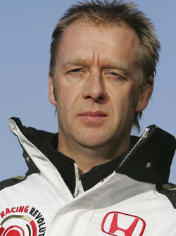 BAR Honda test team manager Andrew Alsworth