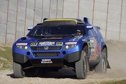 Volkswagen Motorsport rollout at Jarama: Jutta Kleinschmidt and Fabrizia Pons