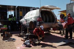 Kwikpower Mercedes-Benz Team service area