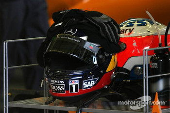 Helmets of Pedro de la Rosa and Gary Paffett