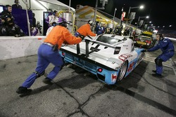 Pitstop for #09 Spirit of Daytona Racing Pontiac Crawford: Doug Goad, Bobby Labonte, Harold Primat, Larry Oberto