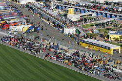 Starting grid for the Budweiser Shootout