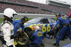 Unscheduled pitstop for Jeff Green