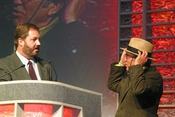 Eddie Gossage ask Jack Roush if he will donate his hat to an auction