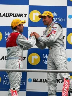 Podium: Tom Kristensen congratulates race winner Bernd Schneider