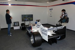 Visit of BMW Sauber F1 team Pitlane Park: race car simulator