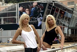 Girls in front of the Red Bull Energy Station in the harbor of Monte Carlo