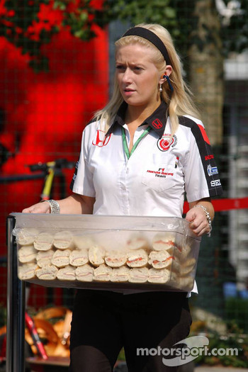 Honda Racing catering girl