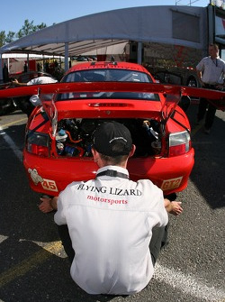 Flying Lizard Motorsports crew member at work