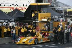 Late retirement for #6 Penske Motorsports Porsche RS Spyder: Sascha Maassen, Lucas Luhr