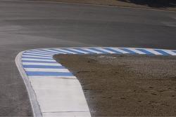 Track walk: Curbing at the