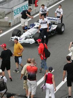 BMW Sauber F1 Team F1.06 in the pitlane