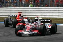 Takuma Sato leads Tiago Monteiro