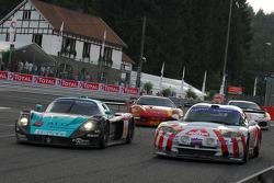 Race action at La Source