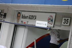 Pit garage sign of Robert Kubica