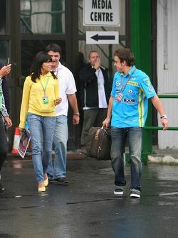Fernando Alonso with girlfriend Raquel Rosario