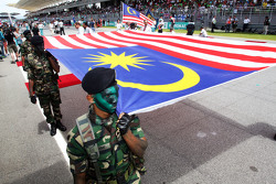 La bandera de Malasia en la parrilla