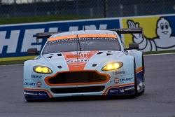 #96 Aston Martin Racing Aston Martin Vantage V8: Francesco Castellacci, Roald Goethe, Stuart Hall