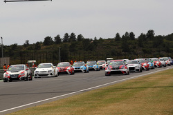 Race 2, Start of the race
