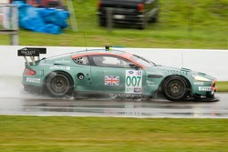#007 Aston Martin Racing Aston Martin DB9: Tomas Enge, Peter Kox