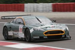 #23 Aston Martin Racing BMS Aston Martin DBR9: Christian Pescatori, Fabio Babini