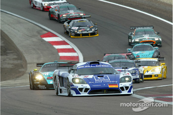 Start: #9 Zakspeed Racing Saleen S7R: Jarek Janis, Sascha Bert leads the field