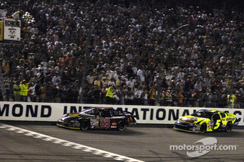 Kevin Harvick takes checkered flag over Kyle Busch