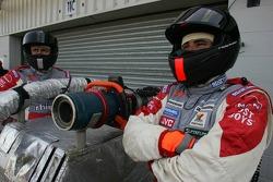Spyker MF1 Racing refuelers